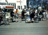 Bicyclebrigade1968cornerNorthandLowell.jpg (141312 bytes)